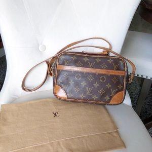 Louis Vuitton Trocadero 23 Crossbody Monogram Bag